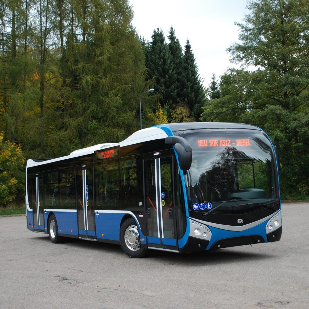 Prototyp dieselového vozu řady SOR NS. (foto: Libor Hinčica)