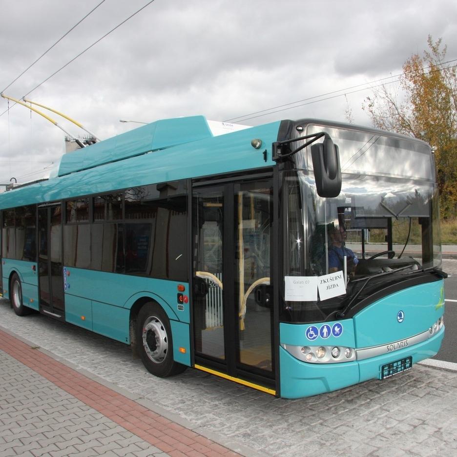 Trolejbus Škoda 26 Tr pro rumunské město Galati během zkoušek v Plzni. (foto: Škoda Electric)