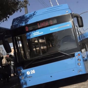 Trolza již dodala své parciální trolejbusy do argentinského města Rosario (na snímku). V Rusku začaly trolejbusy sloužit poprvé od 12. 12. 2017 v Petrohradě. (zdroj: Wikipedia.org)
