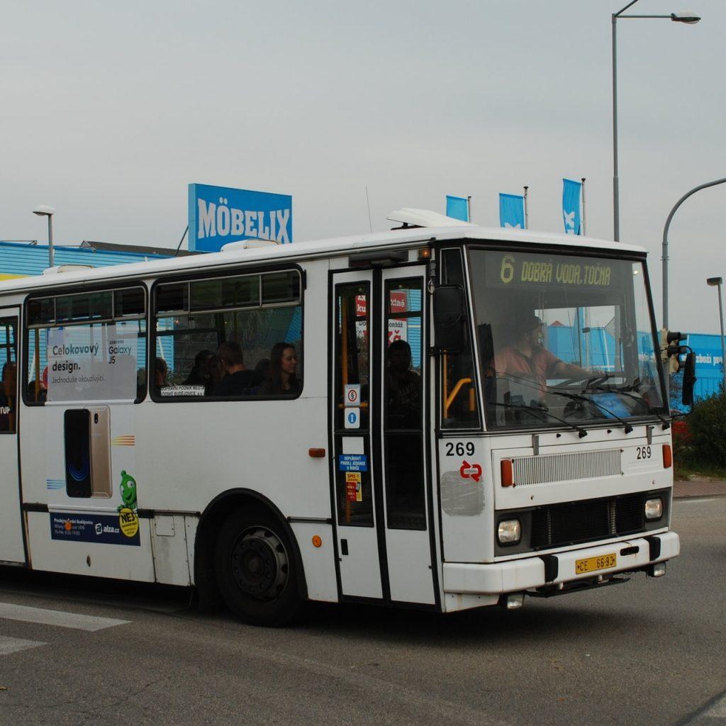 Karosa B 732 českobudějovického DP ev. č. 269 na lince č. 6 v září 2017.(foto: Libor Hinčica)