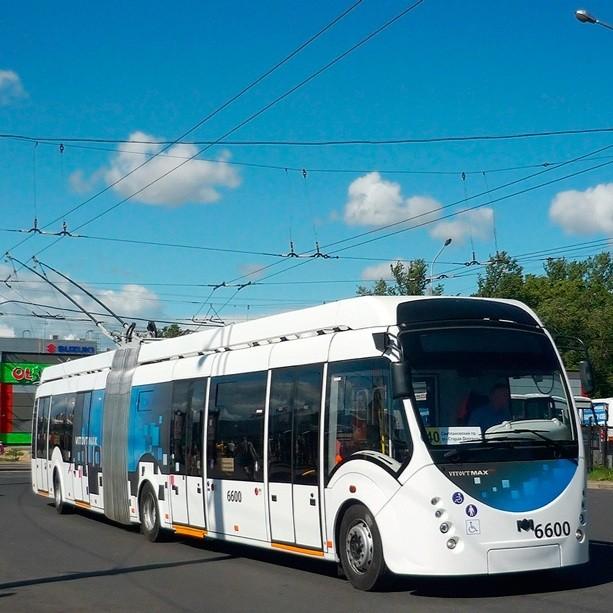 Ilustrační snímek trolejbusu Belkommunmaš 43300. (foto: Michail Isajev / bkm.by)