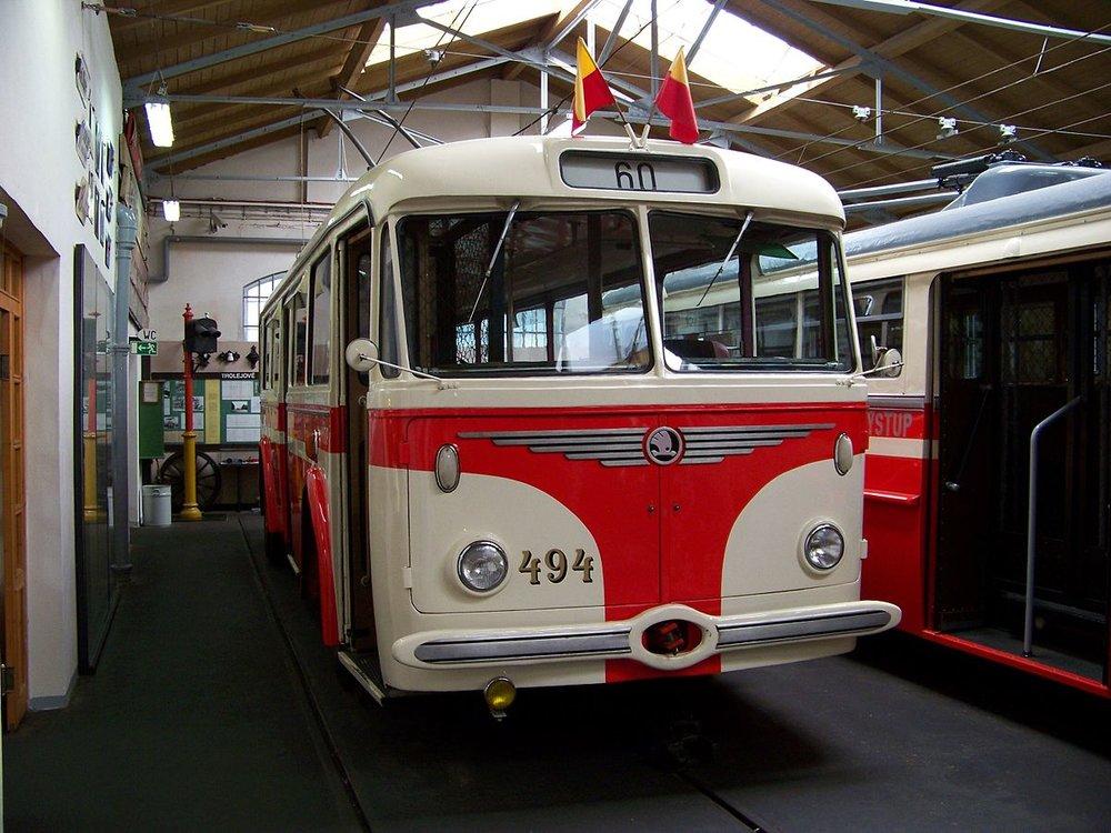 Historický trolejbus Škoda 8 Tr v areálu muzea MHD. (zdroj: Wikipedia.org, foto: ŠJů)