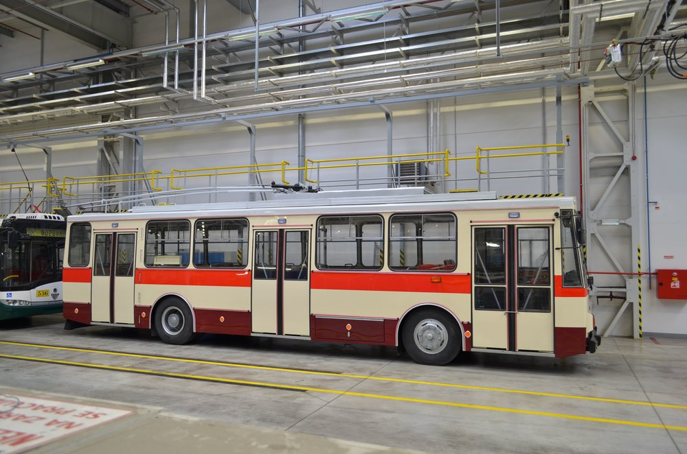 Nejnovější historický trolejbus ve sbírkách PMDP – vůz Škoda 14 Tr08/6 ev. č. 429 z roku 1989. (foto: PMDP)