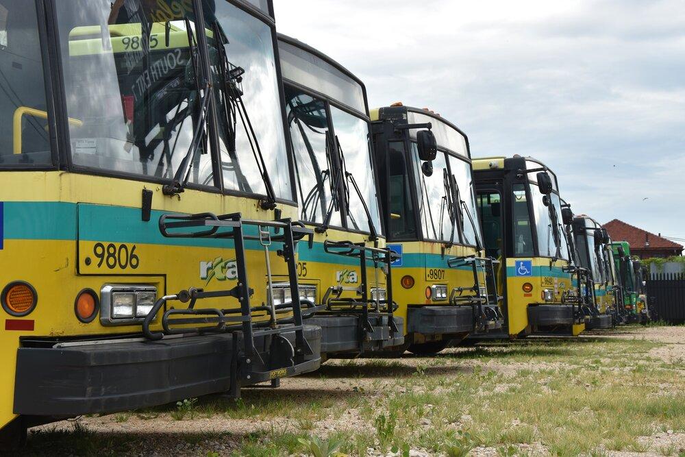 Vyřazené trolejbusy Škoda 14 TrE v Daytonu. (foto: Libor Hinčica)