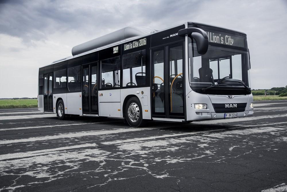 MAN Lion's City CNG na propagačním snímku výrobce. (foto: MAN Truck & Bus)