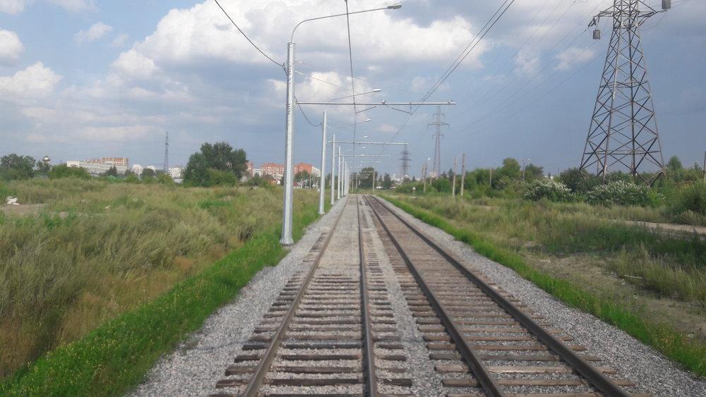 Nový tramvajový úsek (pohled směrem navýchod).