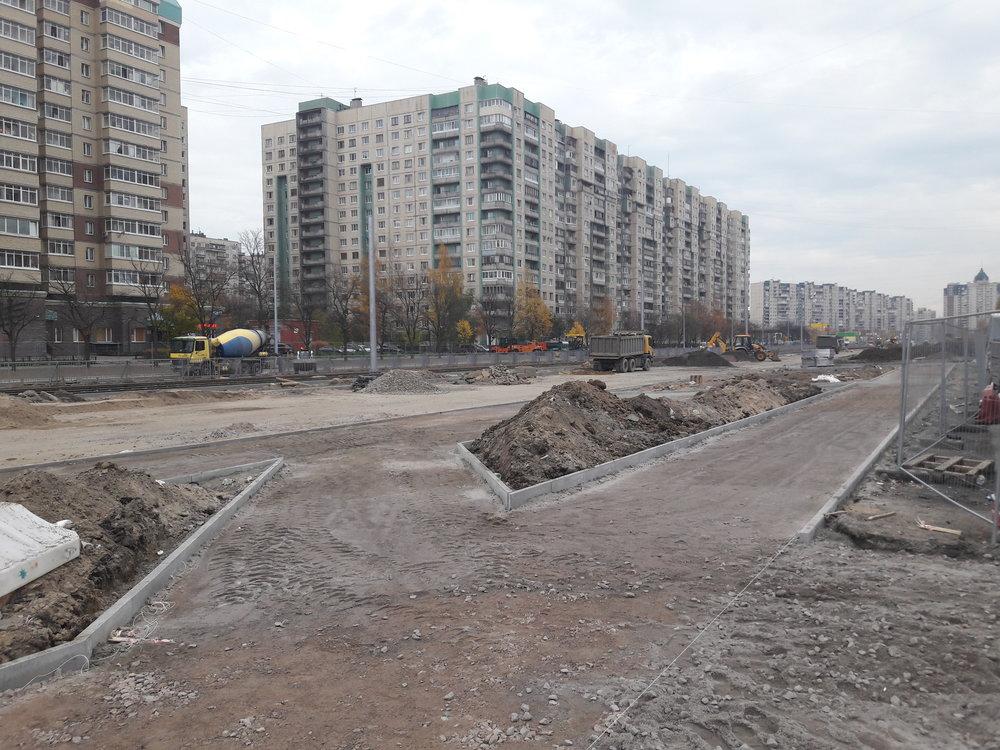Veřejný prostor se díky projektu Čižik zlepšuje, ztuctového sídliště sovětského střihu se stává zajímavý rajón.