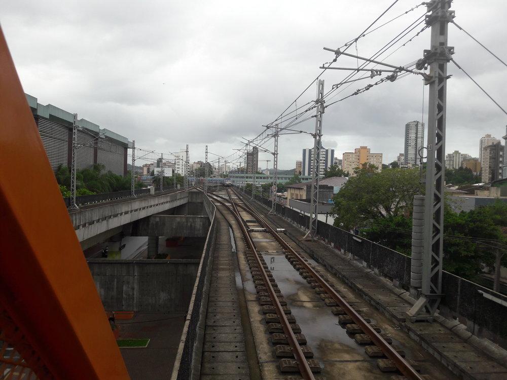Takto je trať vNovo Hamburgo ukončena.