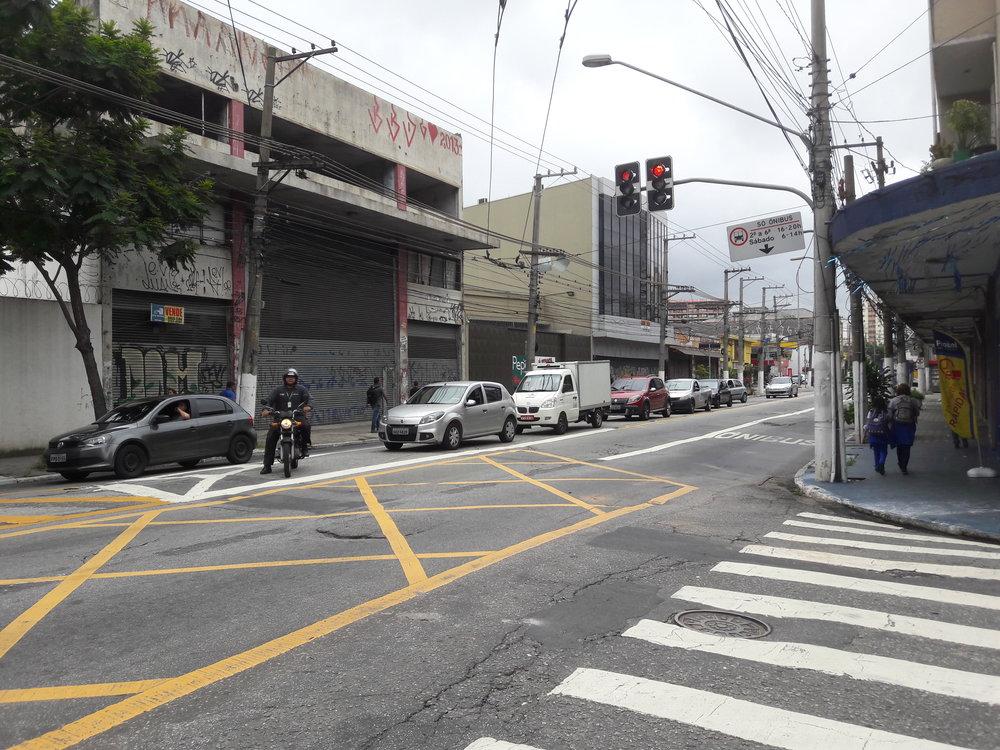 Odbočka směrem ke čtvrti Vila Carrão.