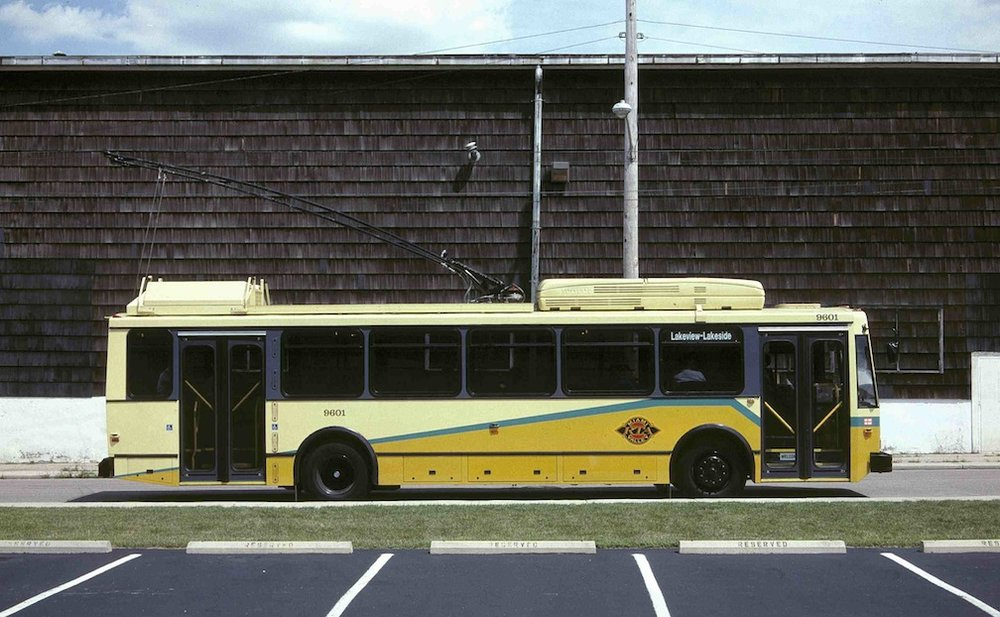 Trolejbus Škoda 14 TrE na propagačním snímku výrobce. (zdroj: Wikipedia.org)