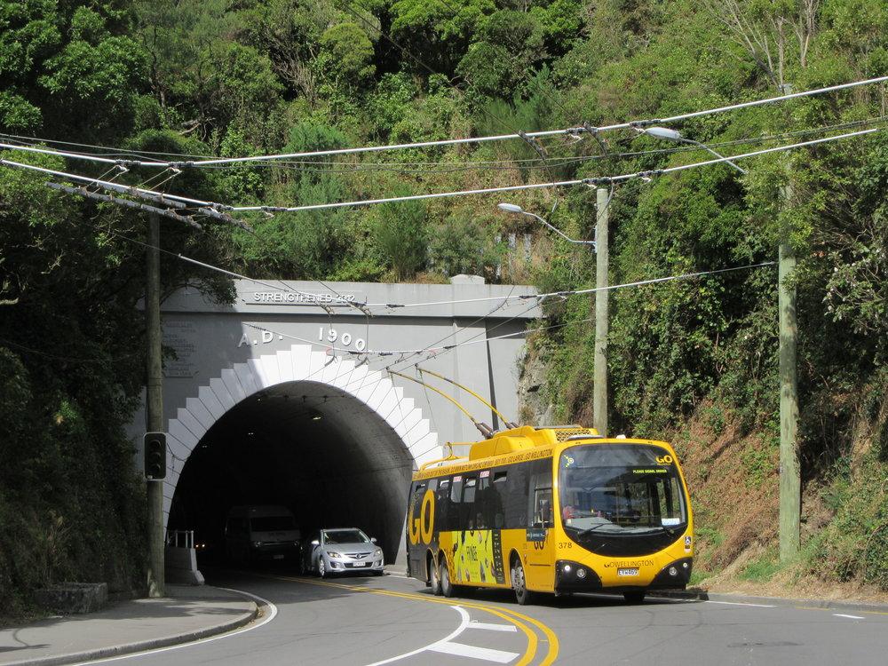 Trolejbusy ve Wellingtonu jsou již minulostí. Dojezdily na konci října 2017. (foto: Gunter Mackinger)
