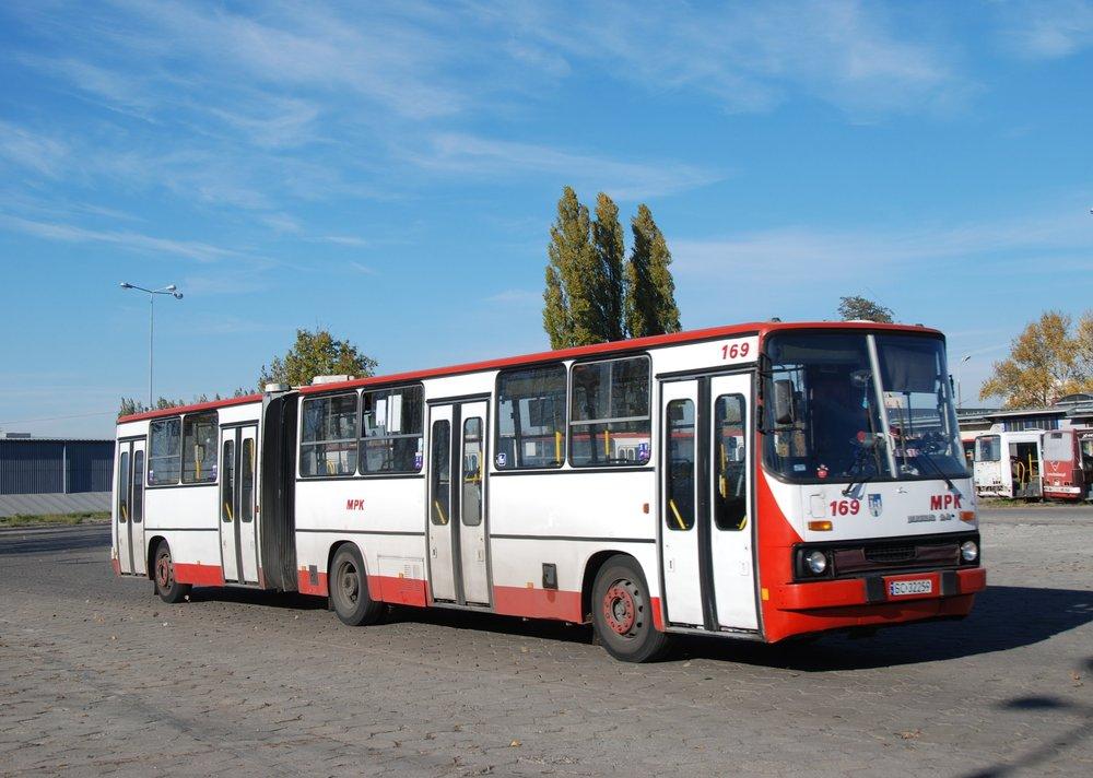 Také tento Ikarus 280.70 ev. č. 169 je ve městěCzęstochowa stále v provozu. (foto: Libor Hinčica)
