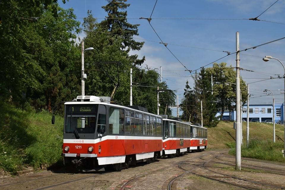 Zkušební souprava vozů T6A5 v Brně. (zdroj: BMHD)