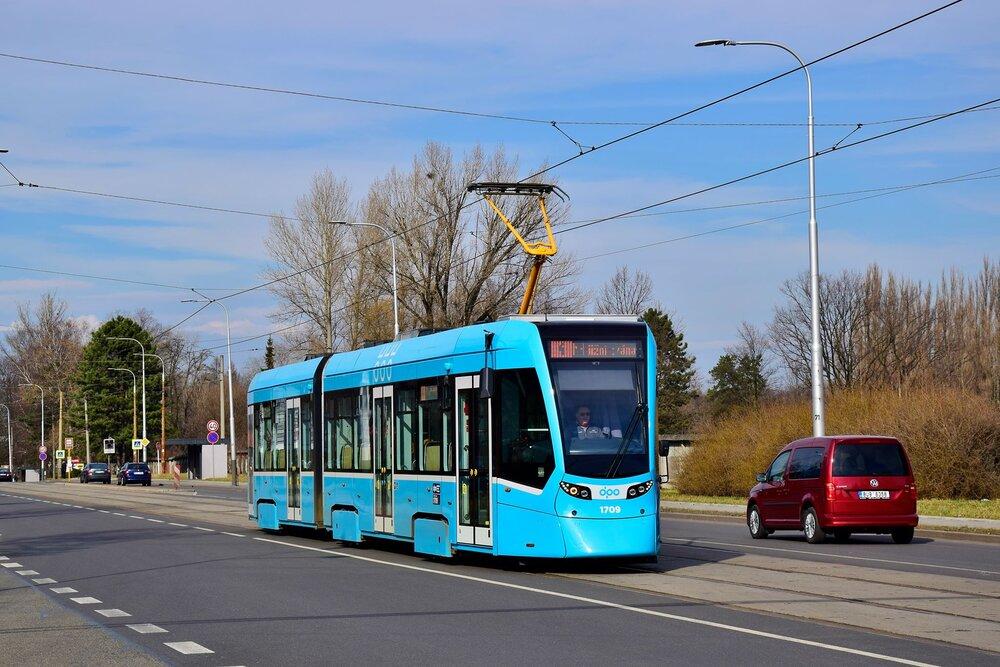 Ostrava si pořídila celkem 40 tramvají Stadler Tango NF2 Ostrava. (foto: Jan Bernat)