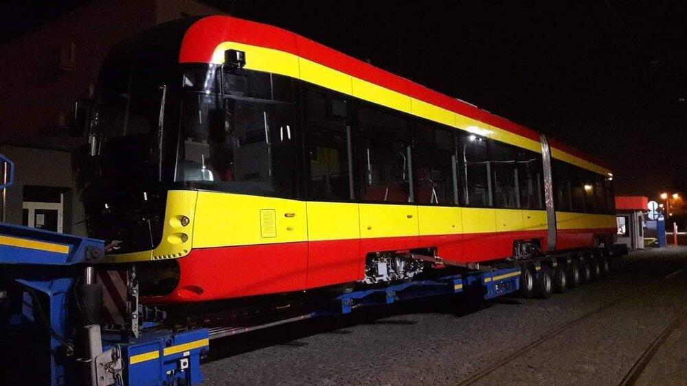 První tramvaj EVO2 dorazila do Mostu. (foto: Franta Gondek)