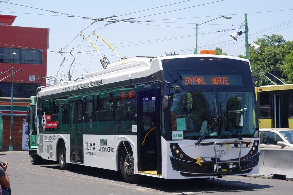 Trolejbus pro Mexico City byl vyroben ve spolupráci firem DINA a Škoda Electric. (zdroj: Škoda Electric)