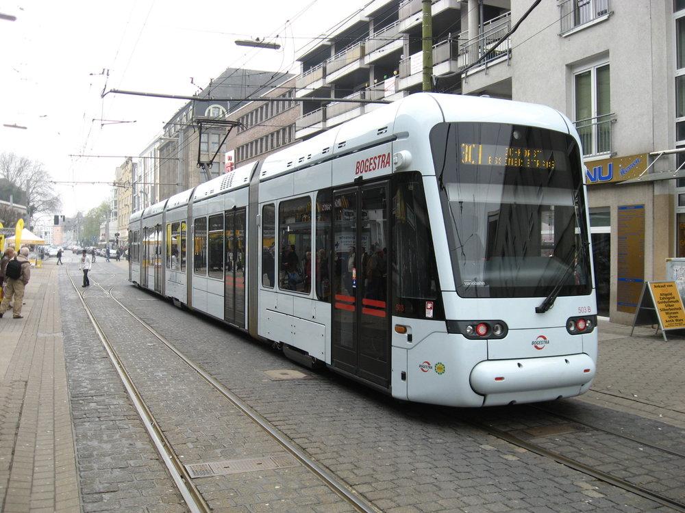 Tramvaje Variobahn slouží na úzkorozchodné tramvajové síti v Bochumi a Gelsenkirchenu. (zdroj: Wikipedia.org)