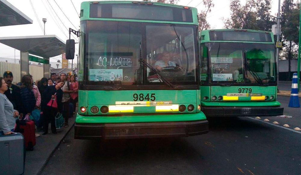 Dva trolejbusy v Ciudad de México. (foto: STE/TyT)