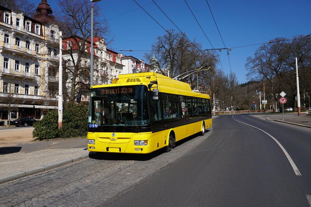 První zkušební jízda vozu Škoda 30 Tr v nádherném jarním počasí. (foto: Vojtěch Cekota)