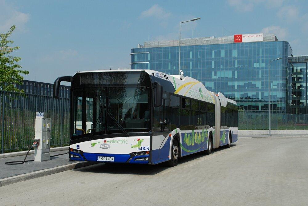 Solaris Urbino 18 electric v Krakově. (foto: Libor Hinčica)