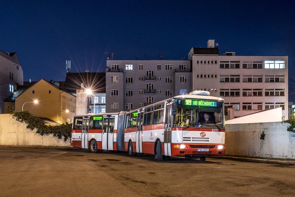Autobus Karosa B 961 ev. č. 6370 na Palmovce v únoru 2020. (foto: Honza Tran)