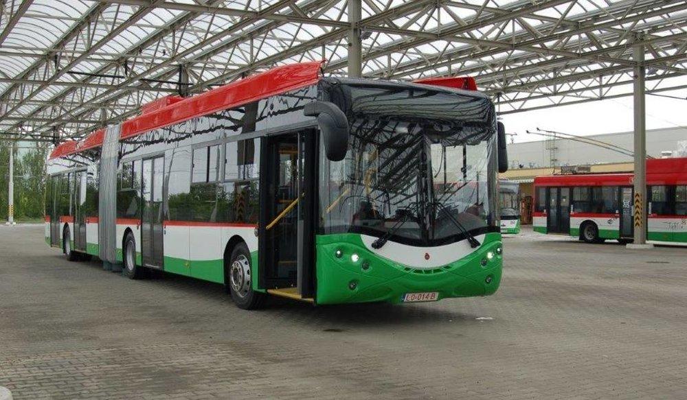Nový trolejbus Ursus City Smile 18T ve vozovně v Lublinu. (foto: ZTM Lublin)