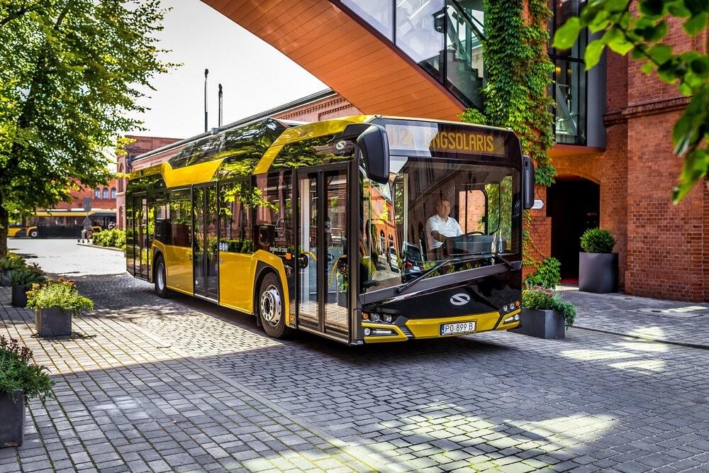 Plynový Solaris na propagační fotografii výrobce. (foto: Solaris Bus & Coach)