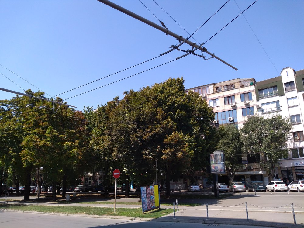 Naprosto funkční trať khotelu Riga zůstává bez užitku. (4x)