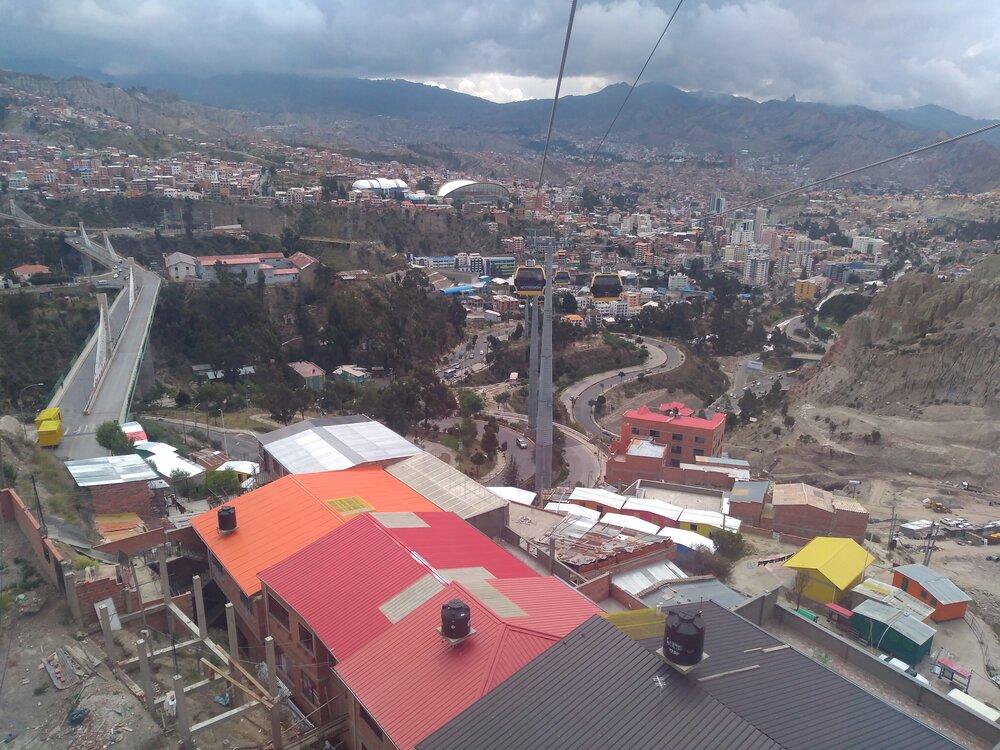 Zpětný pohled směrem ke stanici Chuqui Apu.