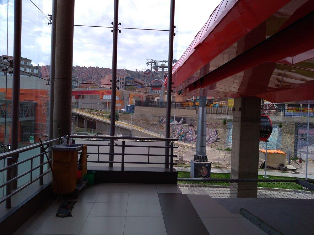 Přestupní stanice Taypi Upa a okolí (5x).