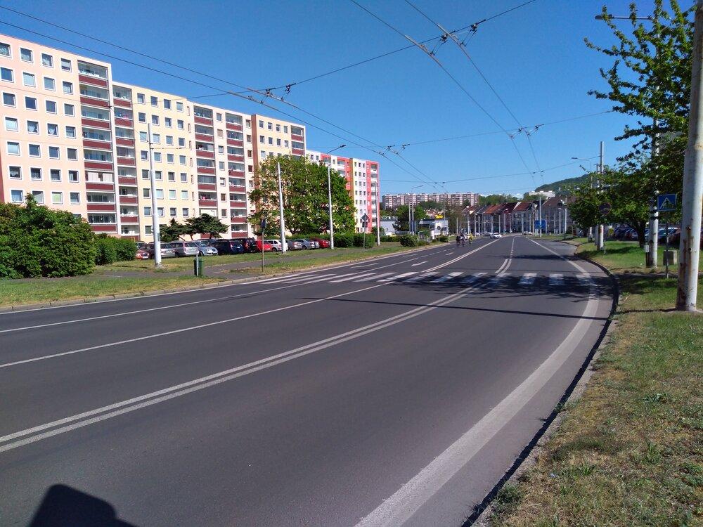 Poslední snímek ztéto galerie věnujeme ulici Přítkovská, a to pohledu ve směru do centra.
