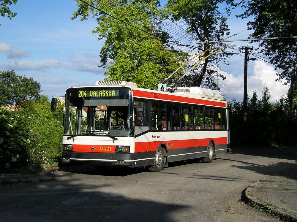 Jediný bratislavský trolejbus Škoda 21 Tr ev. č. 6401. (foto: DPB)