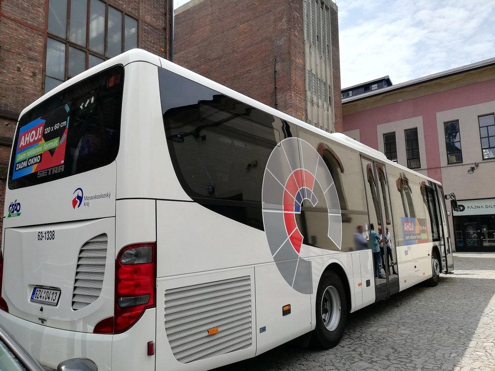 Ukázka reklamních ploch na autobuse Setra dopravce ČSAD Vsetín. (foto: MOBILBOARD)