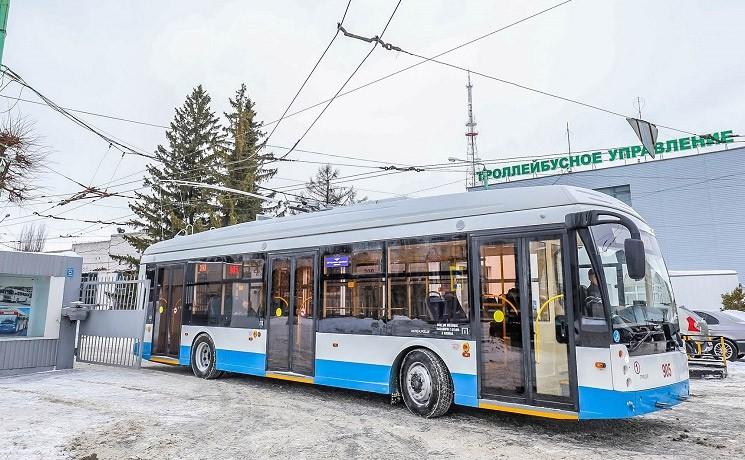 Jeden z pěti nově dodaných parciálních trolejbusů pro Čeboksary. (zdroj: Мой город Чебоксары)