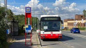 Po 48 letech vyjel do ulic Prahy trolejbus v majetku pražského DP