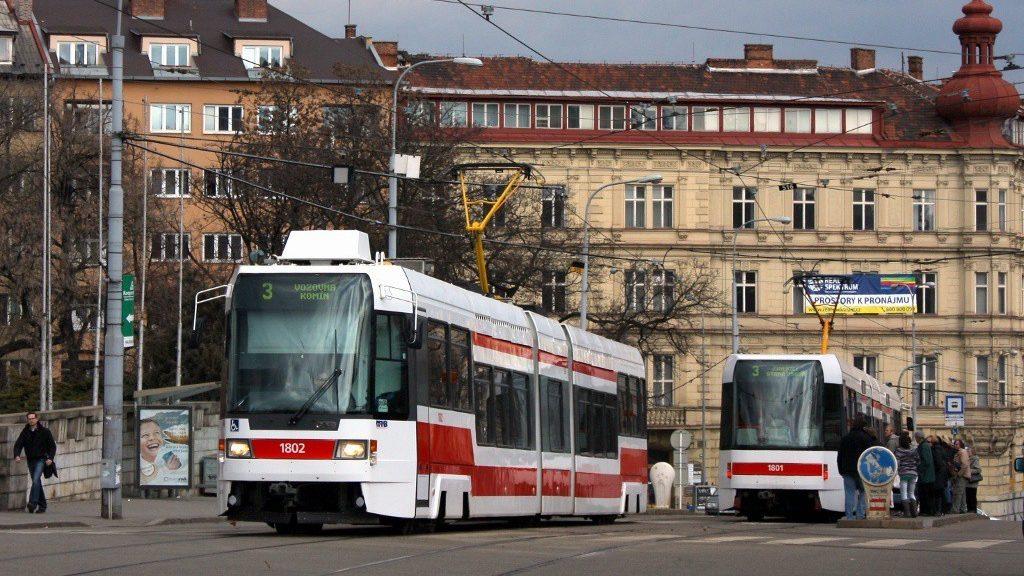 Tramvaje Tatra RT6N1 se sice v Brně podařilo zprovoznit, avšak cestujícím sloužily nakonec stejně jen 8 let, všechny tři současně dokonce jen necelé 4 roky. (foto: Adam Zemek)