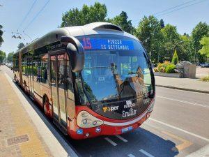V Bologni začaly jezdit trolejbusy na nové lince