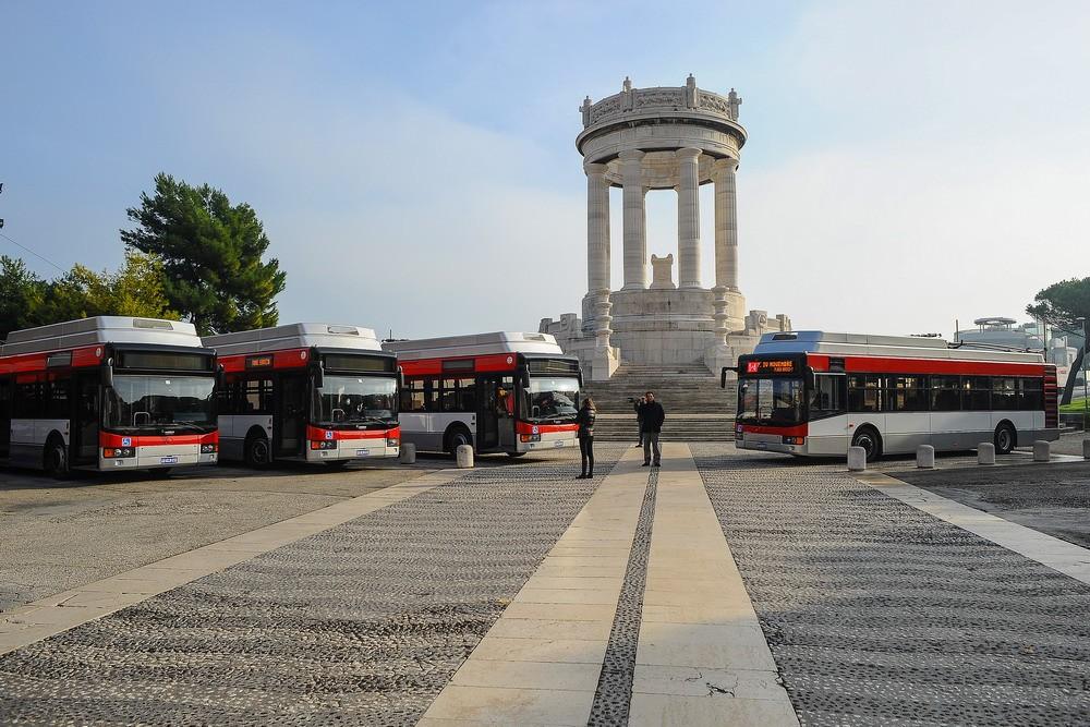 Trolejbusy na archivním snímku z roku 2014. (foto: Conerobus)