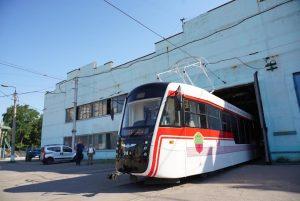 """Záporoží představilo vlastní tramvaj """"Odissej"""""""