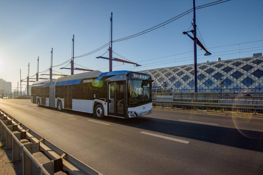 Solaris Urbino 18 electric na propagační fotografii výrobce. (foto: Solaris Bus & Coach)
