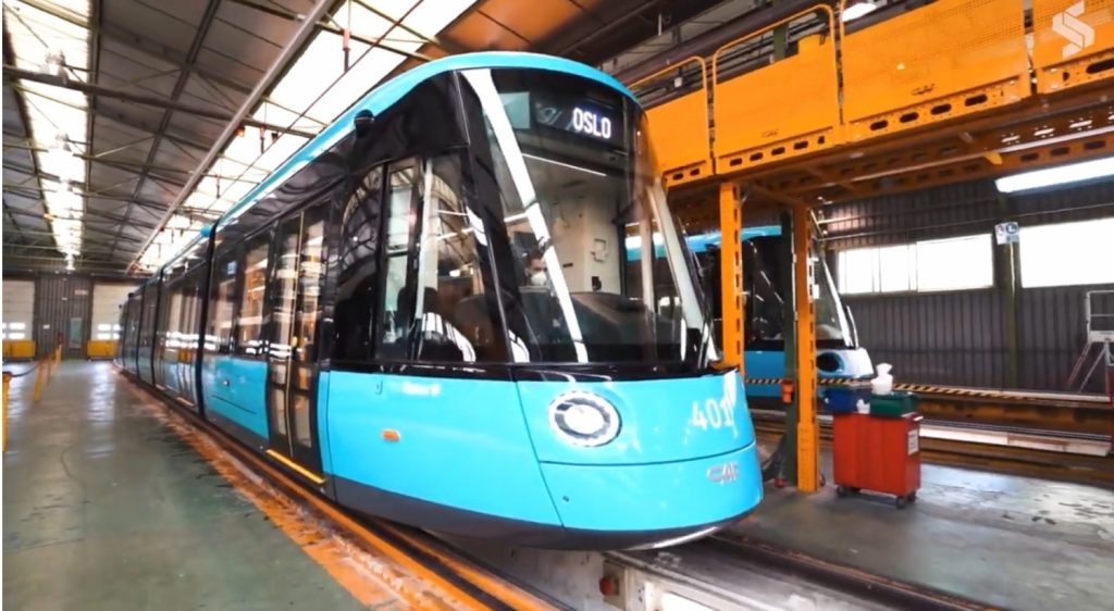 Nová tramvaj CAF Urbos 3 pro Oslo. (zdroj: youtube)