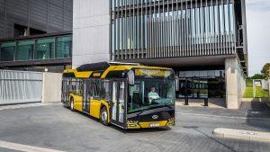Solaris dodá dalších 100 plynových autobusů do Tallinnu