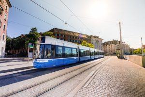 V Curychu svezla poprvé cestující tramvaj Flexity 2