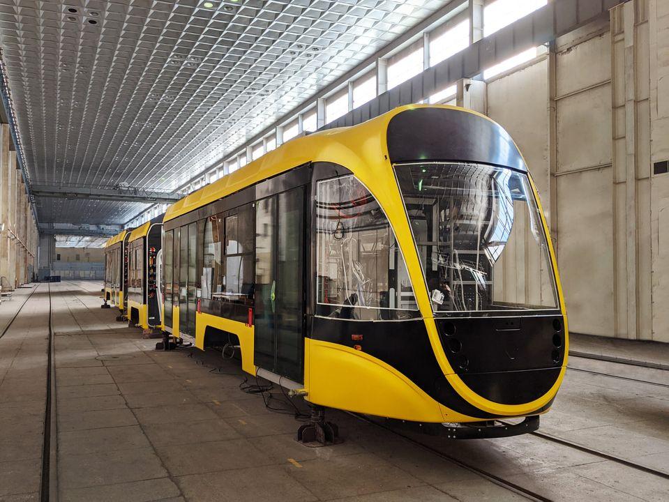 Tramvaj К-1Т306 byla představena v téměř hotovém stavu v prosinci 2020. (foto: Tatra-Jug)