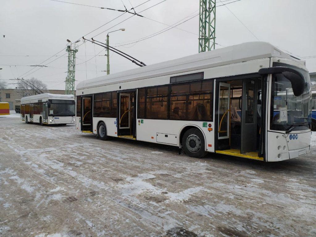 Nové vozy. (foto: Министерство транспорта и дорожного хозяйства Чувашской Республики)