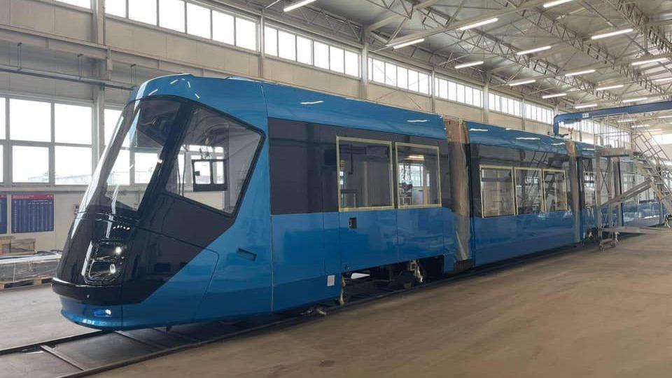 Tramvaj Škoda 16T s upraveným vzhledem  (zdroj: facebook Jacek Sutryk)