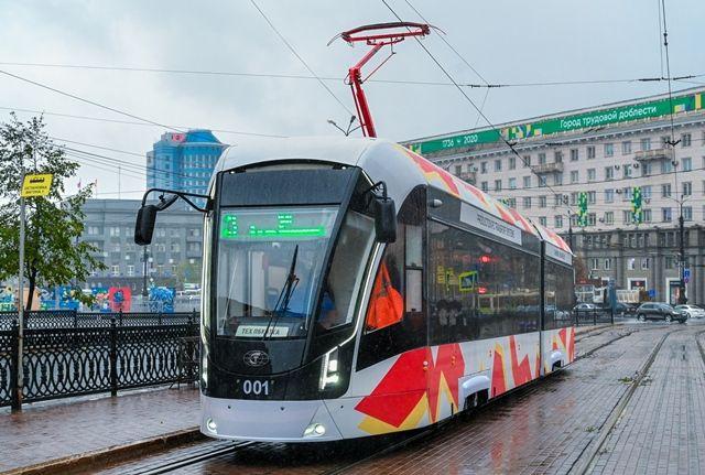 Prototyp Bogatyra-M v Čeljabinsku, kde se zalíbil místní radnici i lidem. (foto: Anna Andrejeva/AiF)