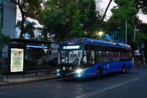 Ciudad de México obnovilo trolejbusovou trať, chce navrátit život ještě dalším