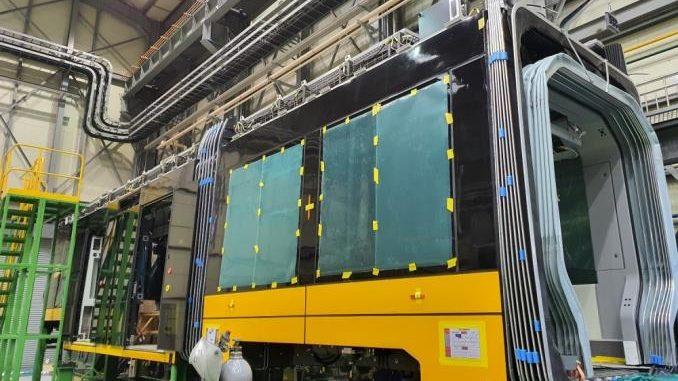 Výroba tramvají pro Varšavu probíhá v Jižní Koreji. (zdroj: Tramwaje Warszawskie)