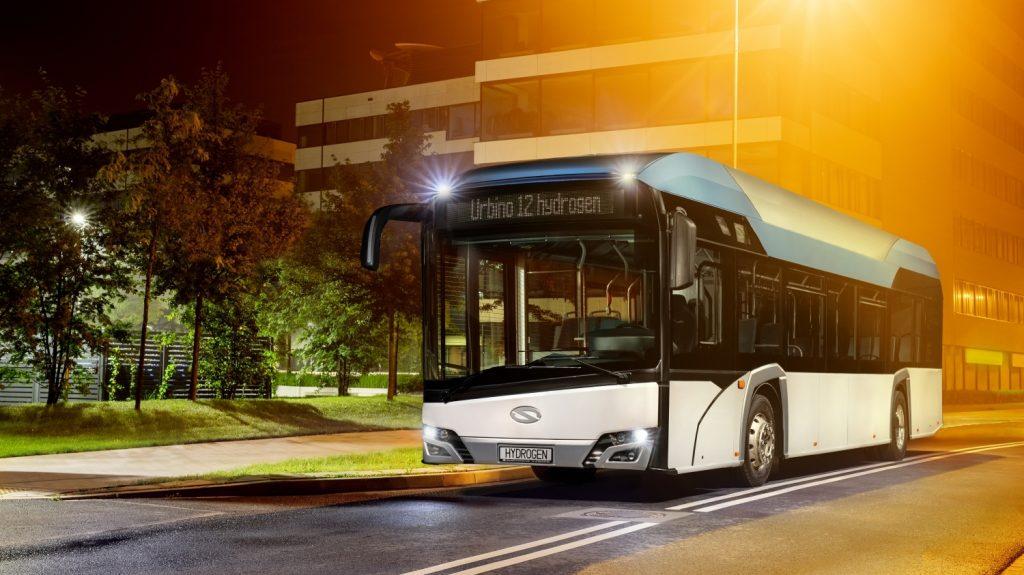 Vodíkové Urbino na propagační fotografii výrobce. (foto: Solaris Bus & Coach)